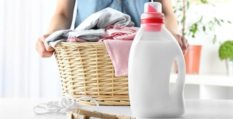 women with detergent to wash